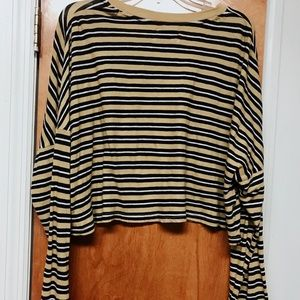 Striped Cropped Urban Outfitters Shirt Size Large